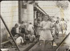 japanese concentration camps in java - Google zoeken pictures of the japanese internment camps