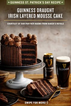 This chocolate cake is layered with a creamy chocolate ganache frosting and the cake layers are soaked in a Guinness syrup and finished with a ganache pouring sauce. Guinness Kuchen, Chocolate Guinness Cake, Chocolate Cake, Super Torte, Chocolate Ganache Frosting, Cake Recipes, Dessert Recipes, Baking Recipes, French Pastries