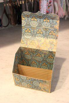 Samantha Walker's Imaginary World: Silhouette Cutting File Tutorial: Stationary Box