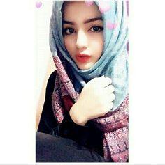 Queen of my own Kingdom 👑 Beautiful Muslim Women, Beautiful Hijab, Hijabi Girl, Girl Hijab, Stylish Girls Photos, Stylish Girl Pic, Beautiful Girl Photo, Cute Girl Photo, Islamic Girl Images