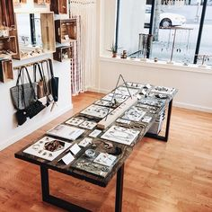 Good news! Were now open till 7pm on Fridays, Saturdays and Sundays!   And we are also open Mondays - Thursdays till 6pm! Come visit us at 25233rd Ave. Seattle WA 98121  (at the Moorea Seal store)