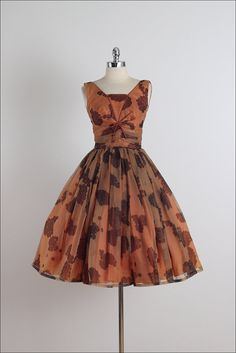 Laurette . vintage 1950s dress . vintage door millstreetvintage