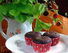 Low-Carb Chocolate Mini Muffins | Low-Carb, So Simple!