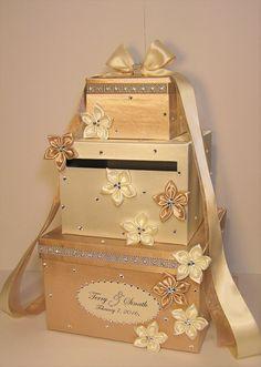 Boda tarjeta caja de marfil y Champagne regalo por bwithustudio