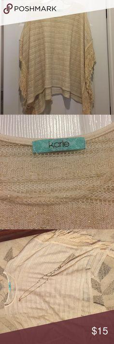 KARLIE brand poncho Perfect condition- Poncho with tassel trim karlie Sweaters Shrugs & Ponchos