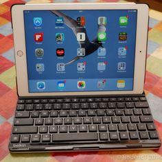 Welche iPad Air 2 Hüllen mit Tastatur sind gut? Auch das iPad Air 2 kommt bei den Nutzern gut an; auch wenn die Verkaufszahlen des iPads generell etwas sinken, gehören die Apple Tablets noch immer zu dem beliebtesten auf dem Markt. Daher gehen wir heute der Frage « Welche iPad Air 2 Hüllen mit Tastatur sind gut » etwas näher nach…