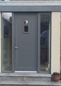 Ideas For Front Door Porch Modern Entryway Front Door Steps, Best Front Doors, Front Door Porch, Grey Front Doors, Porch Doors, House Front Door, House With Porch, Modern Entrance Door, Modern Front Door