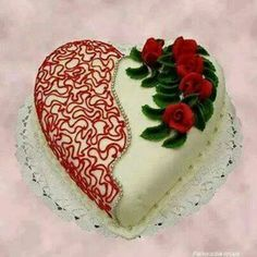 Cupcake Cakes, Cupcakes, Large Cupcake, Valentino, Valentine Cake, Cake Board, Love Cake, Heart Art, Creative Cakes