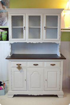 White Kitchen Cabinet Udeas