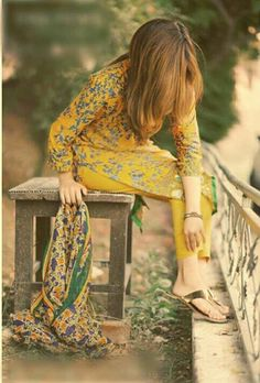 tiktok bollywood you we girl woman love Pakistani Formal Dresses, Pakistani Fashion Casual, Indian Fashion, Love Fashion, Girl Fashion, Womens Fashion, Stylish Summer Outfits, Stylish Girls Photos, Stylish Girl Pic