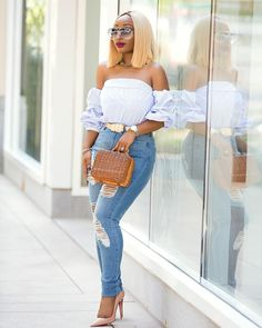 #wcw.... I finally managed to upload this look on the blog... Link in bio Thank you for your constant support I see you all  #chicamastyle #chicadivas #blondehair #blogger #bloggerfashion #fashionblogger #fashion #fashionchic #fashiongram #fashiongirl #fashionguru #denim #denimchic #fashionstyle #streetfashion #streetwear #streetstyle #style #styleblogger Top @_divabby_ @_divabby_ Blonde cut wig @kloehairdesigners  @kseniaprophoto