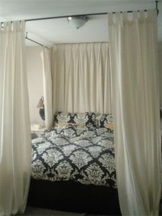 Master Bedroom: Easy Canopy Bed