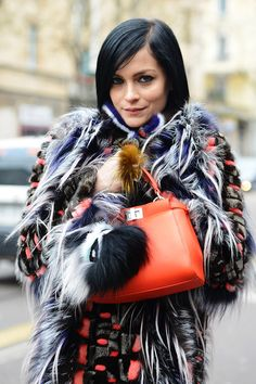 Tommy Ton Shoots Street Style at the Fall 2014 Fashion Shows Huang Huang Autumn Street Style, Street Style Looks, Street Chic, Street Wear, Fur Fashion, Fashion Show, Autumn Fashion, Fashion Design, Fashion Trends