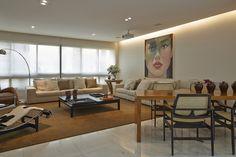 Funcionalidade e conforto. Veja: http://www.casadevalentina.com.br/projetos/detalhes/voltado-para-o-living-603 #decor #decoracao #interior #design #casa #home #house #idea #ideia #detalhes #details #style #estilo #casadevalentina #livingroom #saladeestar