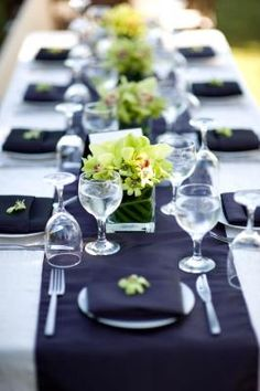 Black & White Wedding Table Ideas from Boyz In The Kitchen - Event And Wedding catering