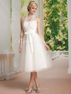 The Green Guide - Empire Tulle Knee-length Halter Wedding Dress [035281] - US$119.99 : The Green Guide