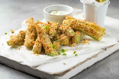 Baked Parmesan Zucchini Sticks Kosher Recipes, Top Recipes, Side Dish Recipes, Vegetable Recipes, Cooking Recipes, Recipes Appetizers And Snacks, Yummy Appetizers, Seafood Recipes, Veggie Side Dishes