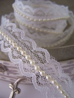 Ivory Lace and Pearl Beaded Trimming Ribbon. Vintage Wedding / Bridal Decoration