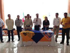 Apoyando al Candidato a Pdte. Municipal  de Villanueva, Miguel Torres y al Candidato a Dip. Local @Rafael_FloresM pic.twitter.com/JkEu1nxgpK