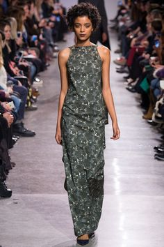 Zac Posen Fall 2016 Ready-to-Wear Collection Photos - Vogue