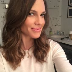 Hilary Swank is a selfie pro. See her best ones now.
