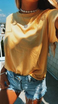 43 Top Summer Outfits — Green and Yellow Make You Cool; summer outfits 43 Top Summer Outfits — Green and Yellow Make You Cool; Teenager Mode, Looks Teen, Teen Fashion Outfits, Summer Fashion For Teens, Casual Summer Outfits For Teens, Shorts Outfits For Teens, Cute Beach Outfits, Summer Clothes For Teens, Fashion Ideas