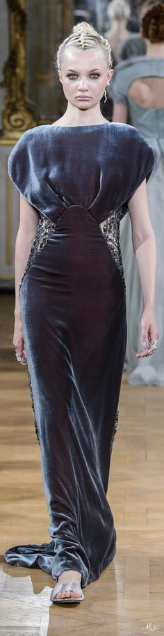 Fall 2017 Haute Couture Antonio Grimaldi