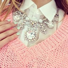 beautiful crystal statement necklace