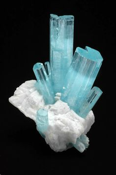 Beryl var. aquamarine from Haramosh Mountains, Gilgit District, Northern Areas, Pakistan, 18.3 cm. high. Marc Weill Collection.