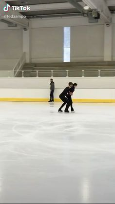 colleengrossenjoy - 0 results for purple aesthetic Dance Choreography Videos, Dance Videos, Ice Skating Videos, Ice Skating Funny, Skate Girl, Cool Dance, Inline Skating, Ice Dance, Dance Moves