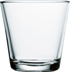 Iittala's Kartio tumblers are part of the glassware collection designed by Kaj Franck. Kartio's unique character comes from the living spirit that Franck has managed to add to the rational, clean geometry. Coffee To Go Becher, Geometric Form, Villeroy, Drinking Glass, Nordic Design, Glass Design, Colored Glass, Drinkware, Matcha