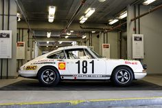 SUPERCARS.NET - Image Gallery for 1967 Porsche 911 R