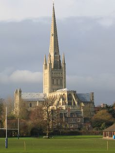 https://flic.kr/p/6NrPHZ | Norwich Cathedral