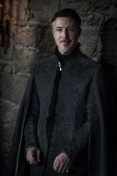 Game of Thrones star Aidan Gillen looks back on his time on the show, and explains the mistakes Littlefinger made that led to his death. Game Of Thrones Episodes, Game Of Thrones Series, Got Game Of Thrones, Peter Baelish, Lord Baelish, Winter Is Here, Winter Is Coming, Acteurs Game Of Throne, New Aquaman
