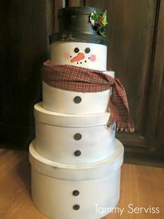 How To Make A Wooden Snowman From Spindles • Grillo Designs