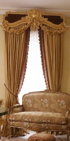 curtains with opulent gilded cornice in Old World style Luxury Curtains, Modern Curtains, Drapes Curtains, Valances, Window Coverings, Window Treatments, Classic Curtains, Drapery Designs, Curtain Styles