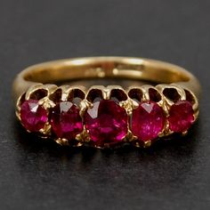 Set in fully hallmarked yellow gold. Gold Ring Designs, Gold Bangles Design, Gold Earrings Designs, Gold Jewellery Design, Emerald Wedding Rings, Real Gold Jewelry, Jewelry Rings, Gemstones, 17th Century