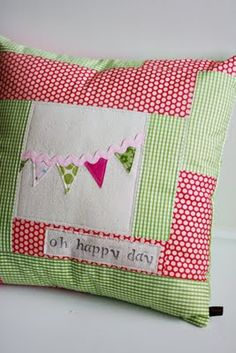 tutorial for this cute little pillow