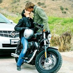Kensi and Deeks (NCIS: Los Angeles). Absolutely died when this happened