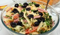 Salad with pasta (pasta) with ham and cheese.- Salad with pasta . - Salad with pasta (pasta) with ham and cheese.- Salad with pasta (pasta) with ham and cheese. Ham And Cheese Pasta, Ham Pasta, Cheese Salad, Pasta Salad, Easy Salad Recipes, Pasta Recipes, Tagliatelle Pasta, Italian Salad, Stuffed Sweet Peppers