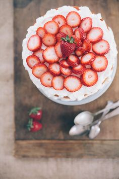 Southern Strawberry Cake by Hannah Messinger