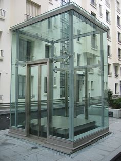 Glass Elevator Boulogne Paris by yayagougou, via Flickr