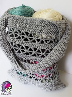 Tote your essentials in a Starlet Market Bag~free #crochet pattern by Glamour4You. #handmade