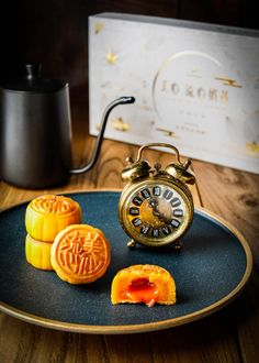 Hong Kong Mei-Xin Mooncakes 2018 – Totally Worth the Calories Chinese Moon Cake, New Flavour, Asian Recipes, Food Art, Bakery, Mooncake, Sweets, Mid Autumn, Desserts
