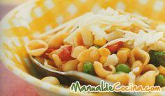 Pasta con verduras y alubias