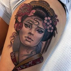 In Japan, you can see two distinctive styles of tattoos, western and Japanese tattoos. A Japanese tattoo refers to Irezumi, its style is called wabori . Japanese Tattoo Cherry Blossom, Small Japanese Tattoo, Japanese Tattoo Meanings, Japanese Tattoos For Men, Traditional Japanese Tattoos, Japanese Tattoo Designs, Tattoo Small, Geisha Tattoos, Tatoo Geisha