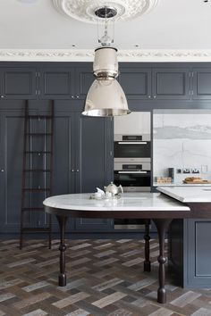 FOR THE HOME || Kitchen inspiration from Grand London Residence - Cochrane Design || NOVELA BRIDE...where the modern romantics play & plan the most stylish weddings... www.novelabride.com @novelabride #novelabride #jointheclique