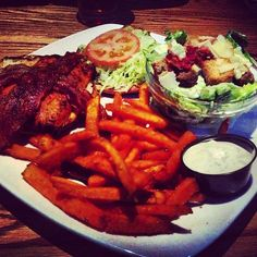 Photo by iceicedbaby - Mmm applewood smoke salmon club at its finest!! #yummy#dinner#saskatoon#ojs#food#happy#yam#fries#delicious#restaurant#drool#instafood#