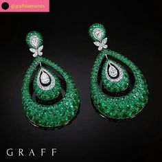 Dramatic Design: Each piece within the Bombé collection incorporates a three-dimensional bombé design, offering a glimpse of beauty from every angle, as exemplified in these statement emerald and diamond Bombé earrings, new from #GraffDiamonds #E