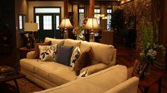 Extreme Makeover Home EDITION - Mattingly Família, - Sala de estar, em Extreme Makeover Home Edition, domingo, 1 de novembro, na rede de televisão ABC.
